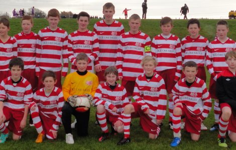 U14s sporting their new kit sponsored by KR Car Sales. Go Golts!!